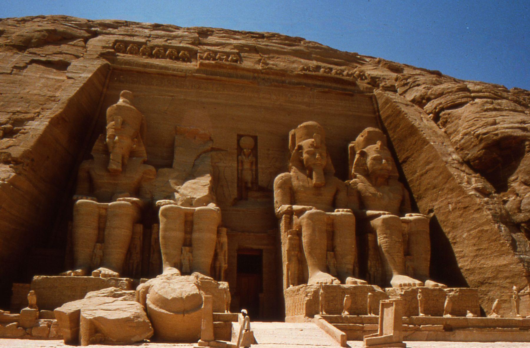 古文明埃及(阿布辛贝)尼罗河游轮红海之旅十一日游(埃航)